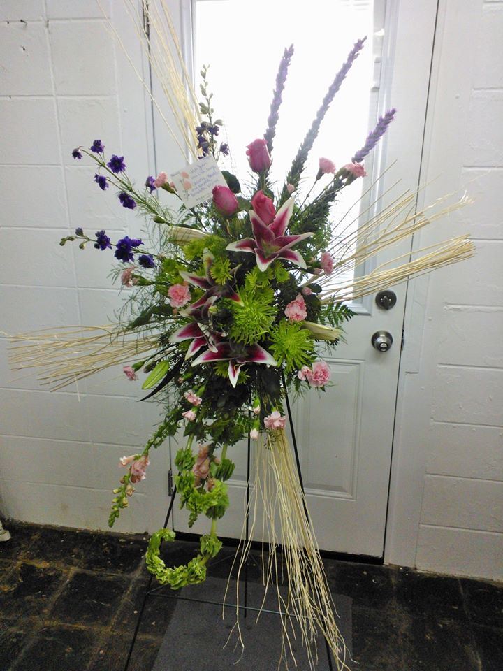 Standing spray from Wilma's Flowers in Jasper, AL