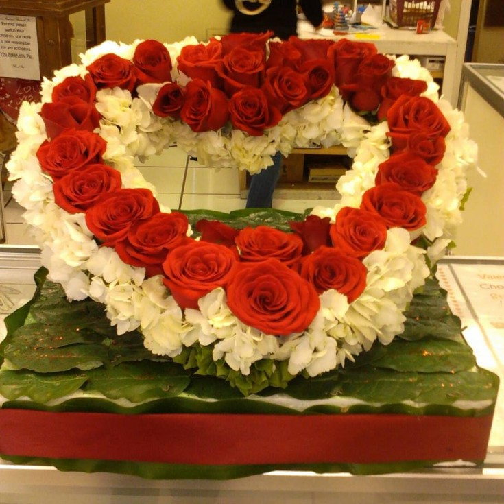 Beautiful Valentine's Day flowers from Divine Ideas and Flowers for You in Edinburg, TX