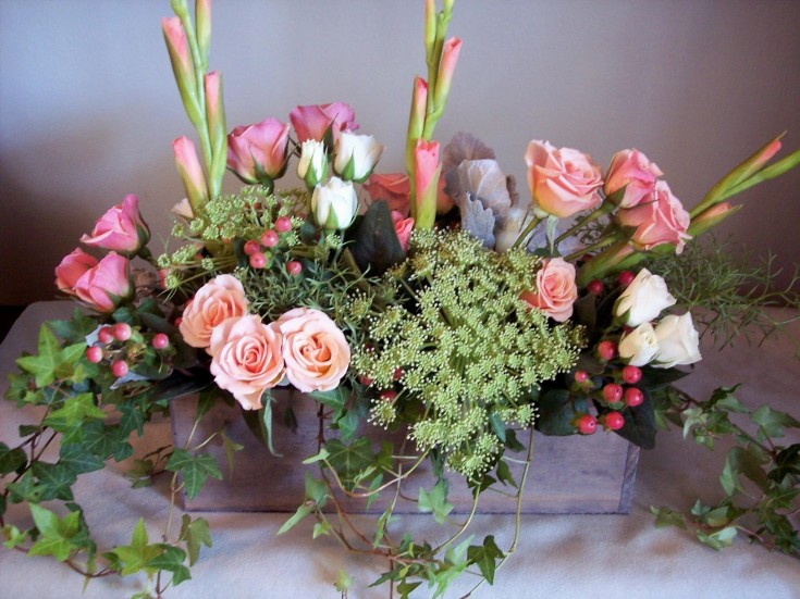 Tabletop sympathy arrangement for The Treehouse Florist in New Freedom, PA