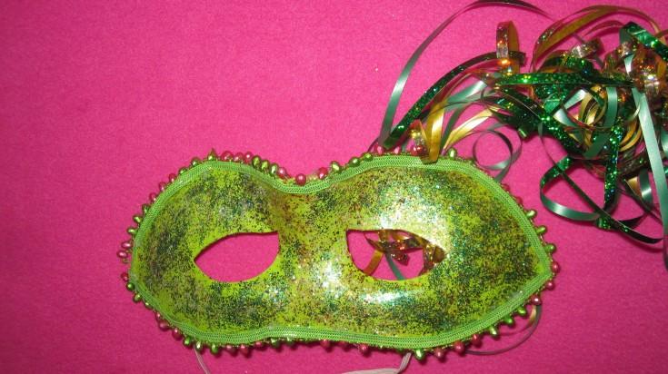 A golden mardi gras mask from Alicias Wonderland II in Renton, WA