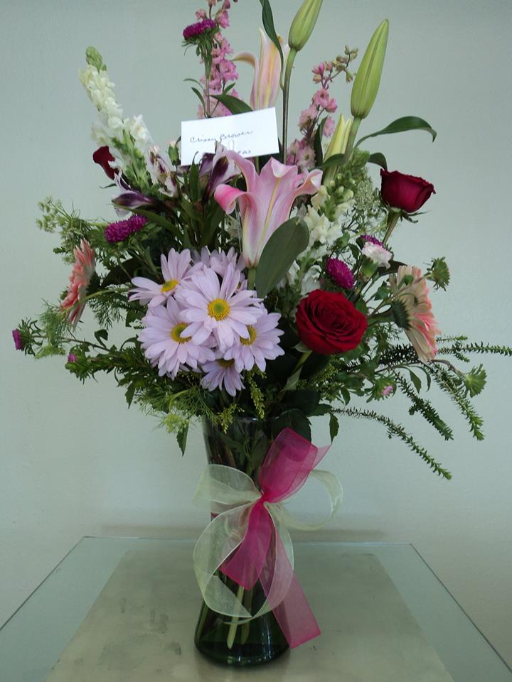 A small mixed arrangement from Divine Ideas and Flowers For You in Edinburg, TX
