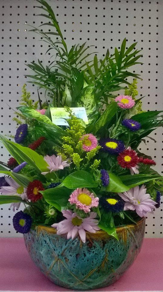 A lovely piece from Wilma's Flowers in Jasper, AL