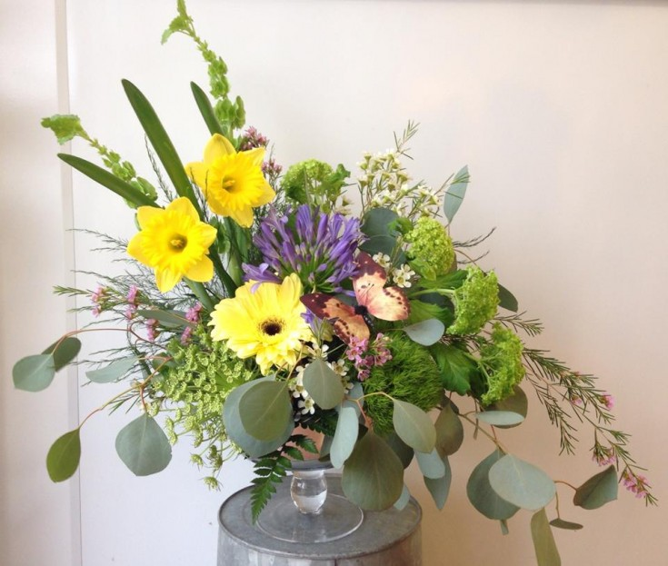 Classic Spring from Petals in Thyme from Wasaga Beach, ON
