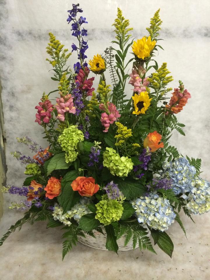 Excellent arrangement from Hobby Hill Florist in Sebring, FL