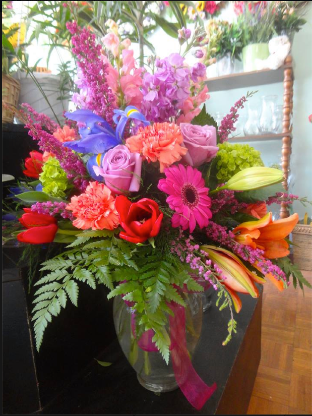 Making a splash with Montgomery Florist in Montgomery, NY