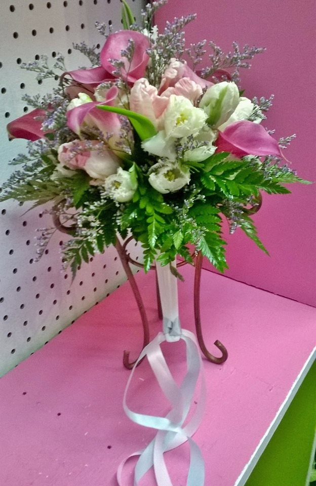 Another excellent bouquet from Wilma's Flowers in Jasper, AL