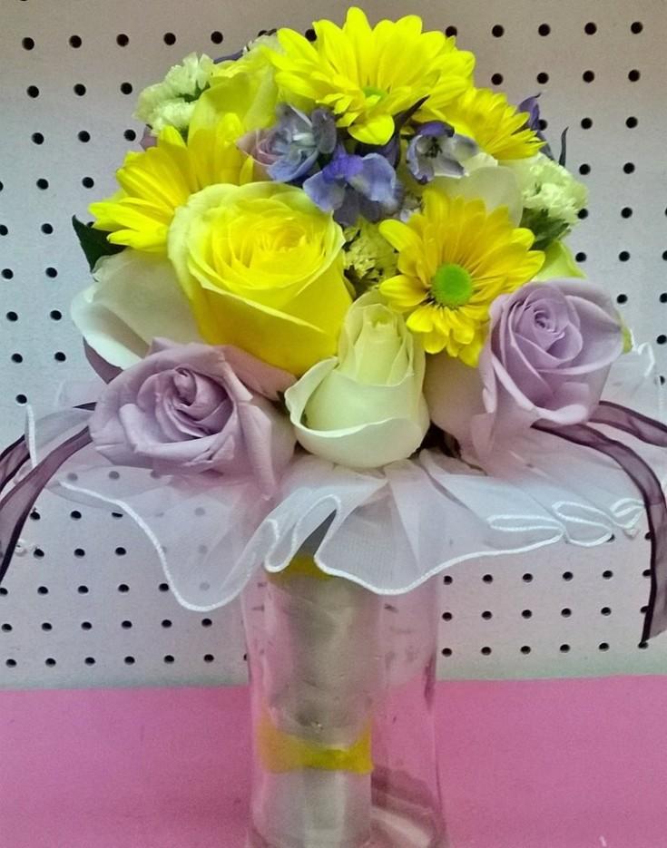 Colorful bridal beauty from Wilma's Flowers in Jasper, AL