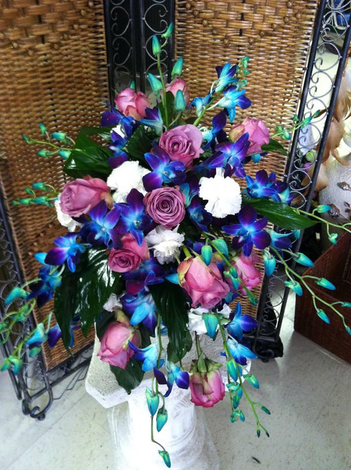 Gorgeous bridal bouquet from Swannanoa Flower Shop in Swannanoa, NC