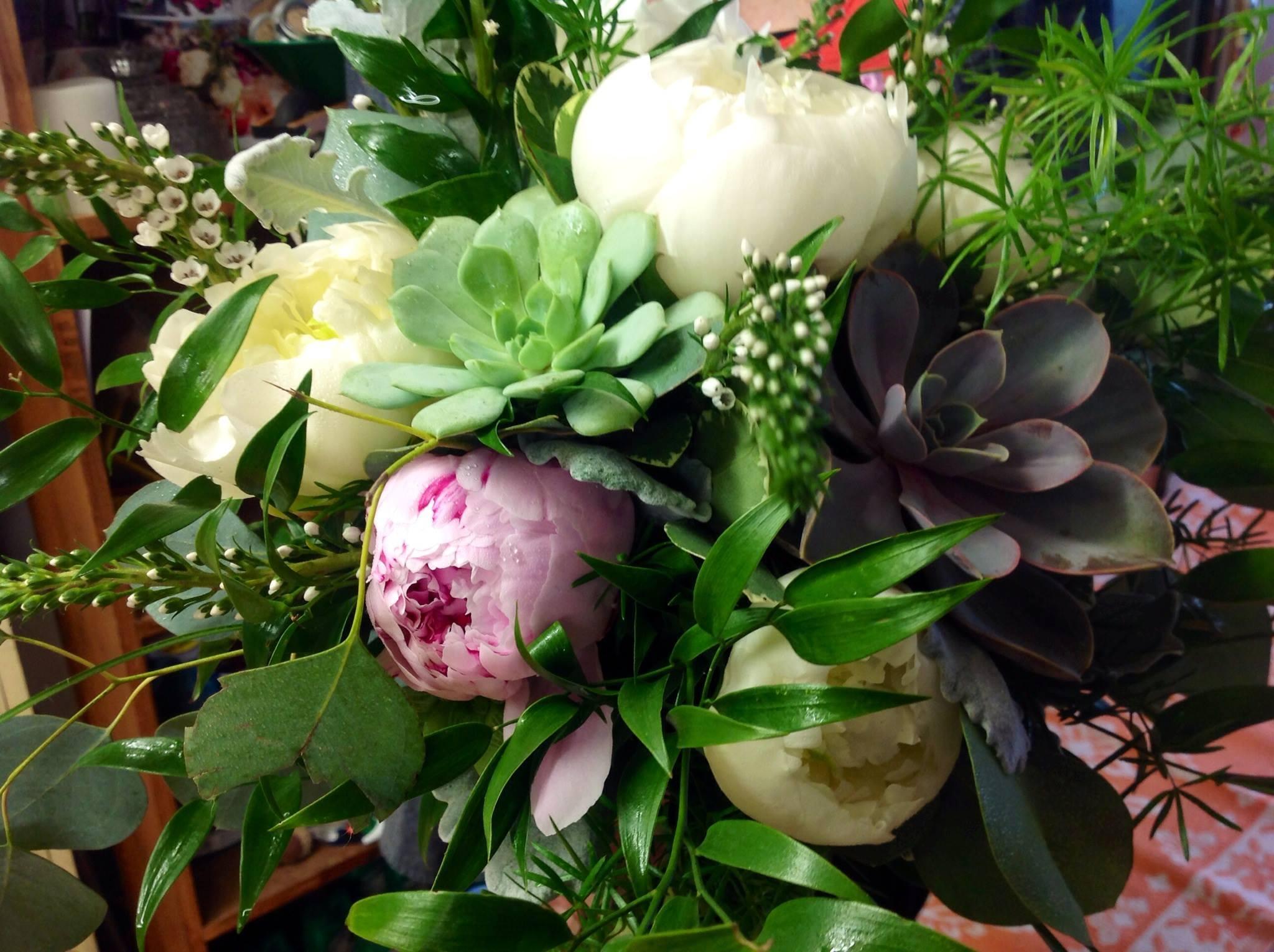 friday florist recap 6 7 6 13 labor of love. Black Bedroom Furniture Sets. Home Design Ideas