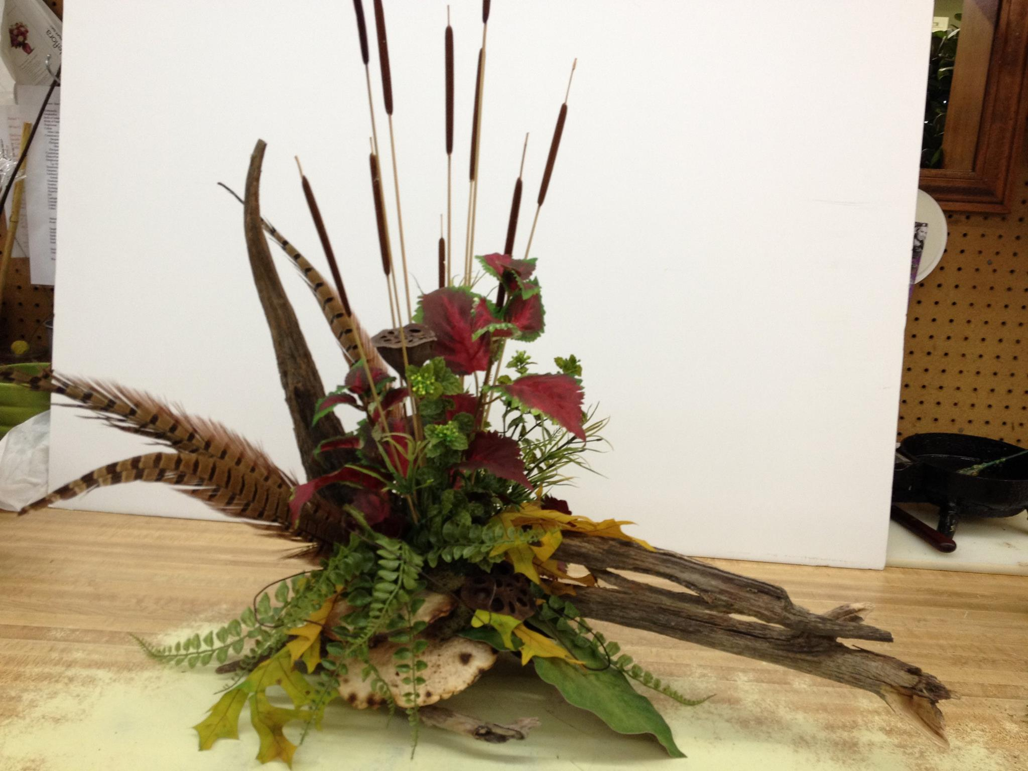 Friday florist recap 67 613 labor of love using driftwood creatively at the flower patch more in bolivar izmirmasajfo Image collections