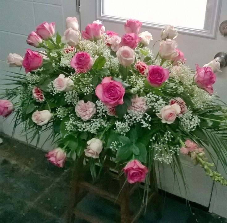 A beautiful casket spray from Wilma's Flowers in Jasper, AL