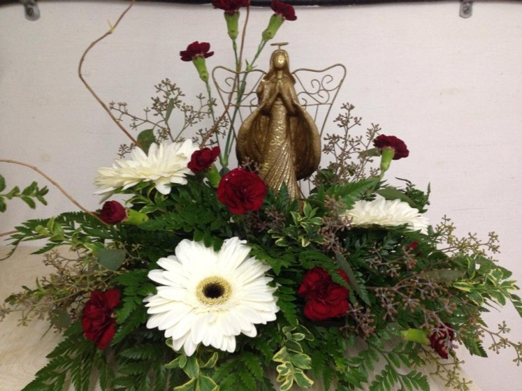 Angel on top at Bloomin' Scents in Morris, MB