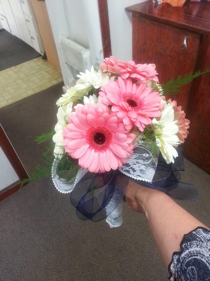 Exquisit bouquet from Carey's Cassville Florist in Cassville, MO