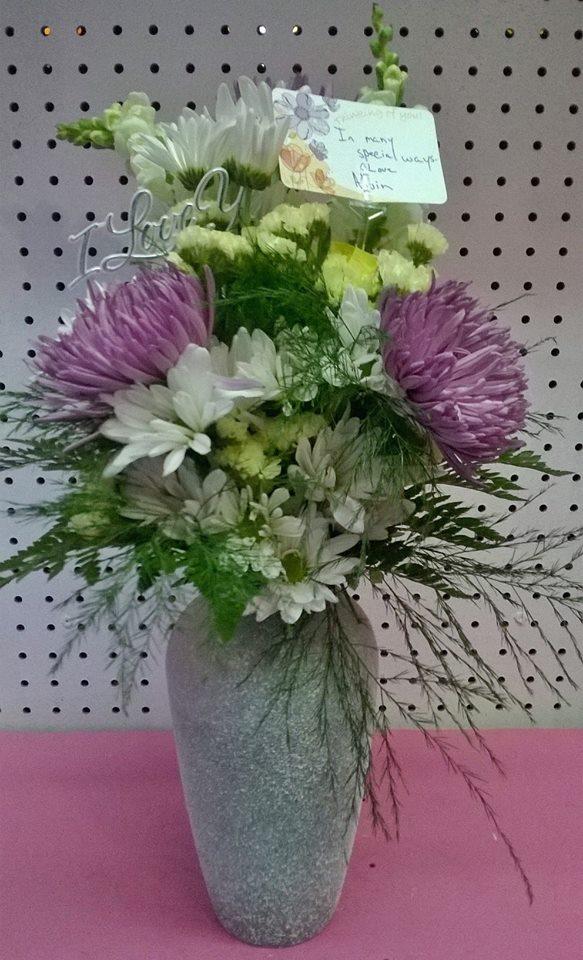 Gorgeous flowers from Wilma's Flowers in Jasper, AL