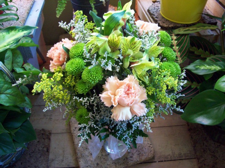 Keeping it simple from Com-Patt-ibles Floral Elegance in Wooster, OH