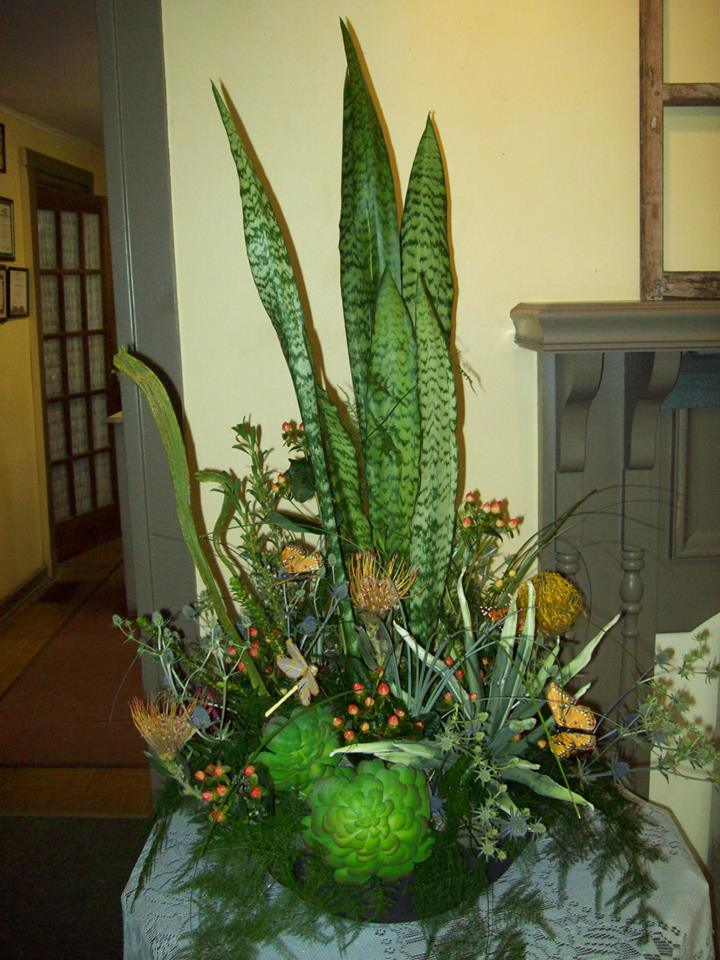 Life and silk combo from Com-Patt-ibles Floral Elegance in Wooster, OH
