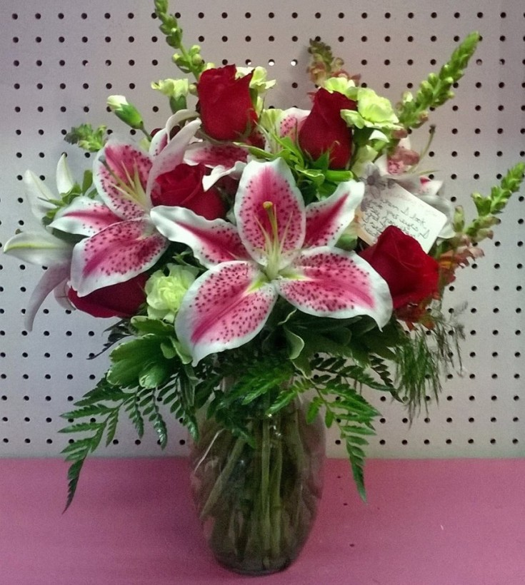 Beautiful arrangement from Wilma's Flowers in Jasper, AL