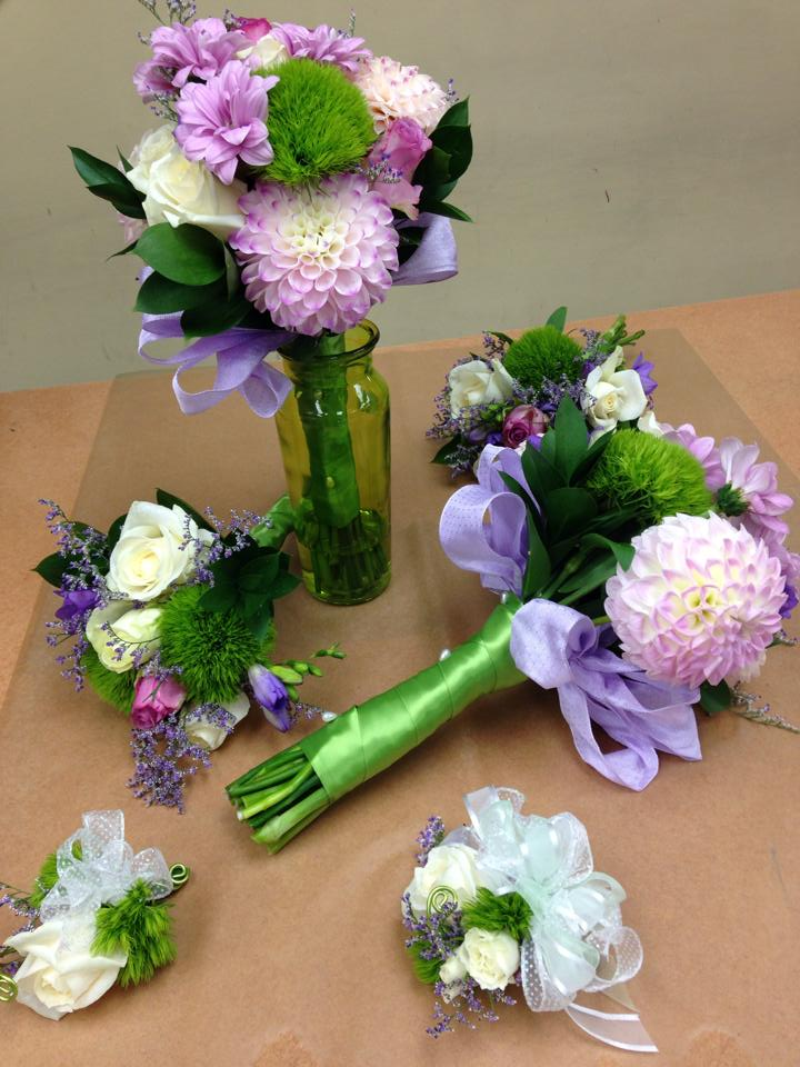 friday florist recap 9 6 9 12 procession of floral perfection. Black Bedroom Furniture Sets. Home Design Ideas