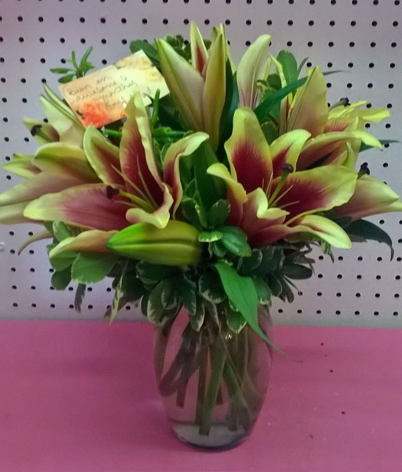 Wonderful arrangement from Wilma's Flowers in Jasper, AL