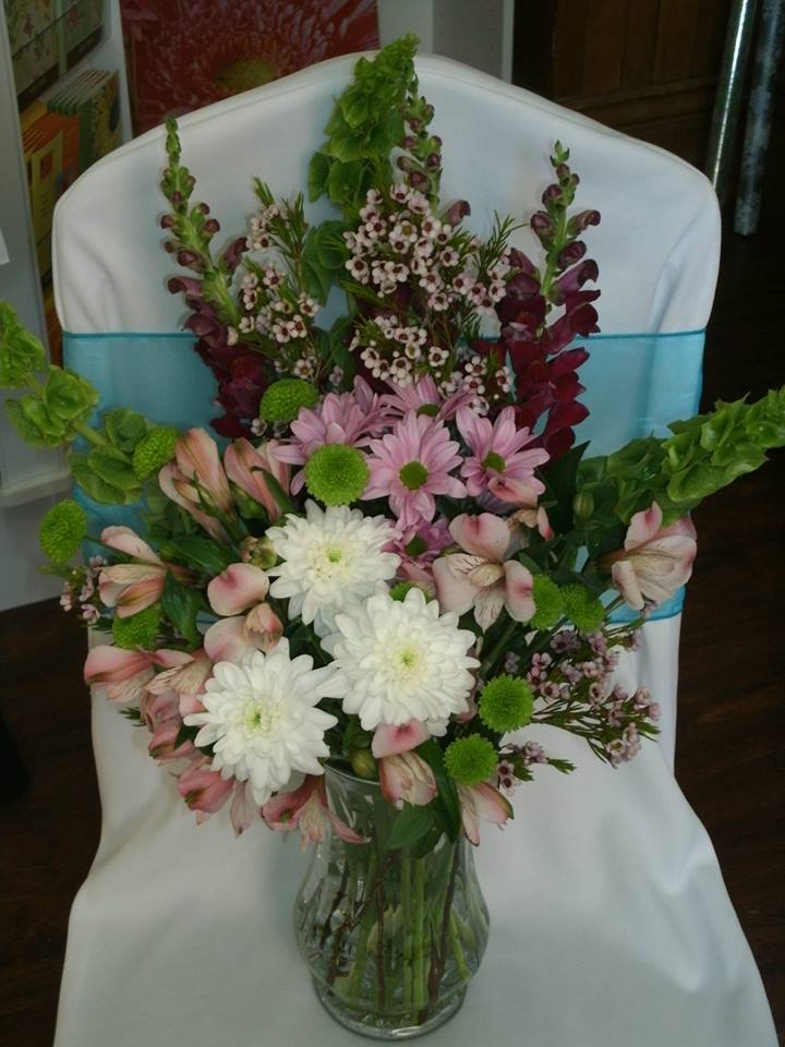Lovely arrangement from Flowers For You, By Diana in Beeton, ON