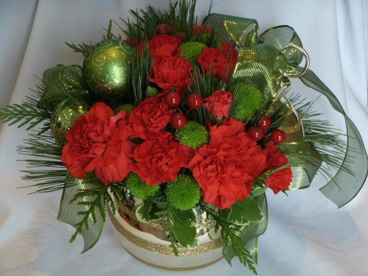 A little bit of Christmas with Flowers For You, By Diana in Beeton, ON