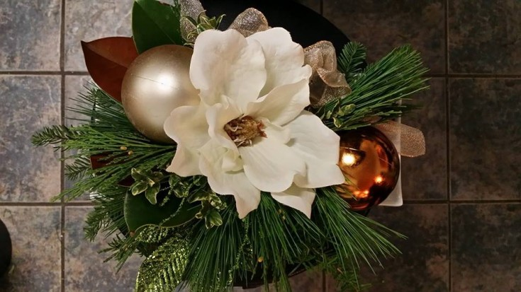 Christmas elegance from BlueShores Flowers & Gifts in Wasaga Beach, ON