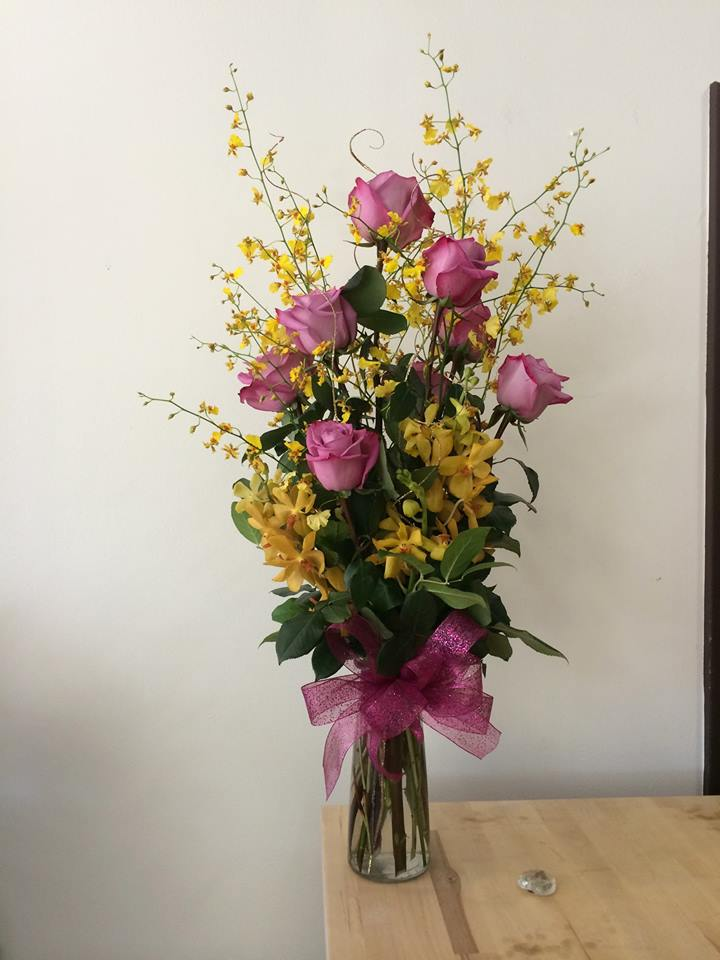 Gorgeous arrangement from A Pretty Flower in Chicago, IL