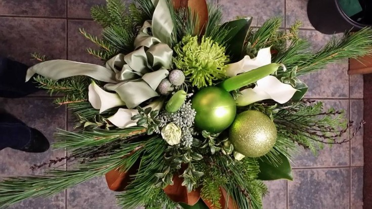 Seasonal centerpiece from BlueShores Flowers & Gifts in Wasaga Beach, ON