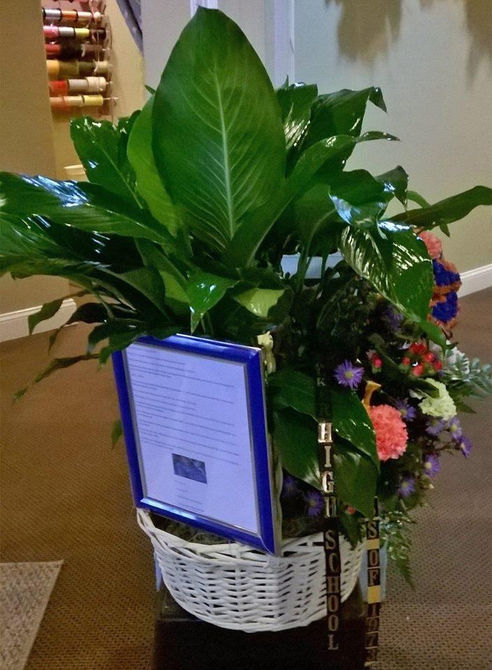 Class reunion arrangement from Wilma's Flowers in Jasper, AL