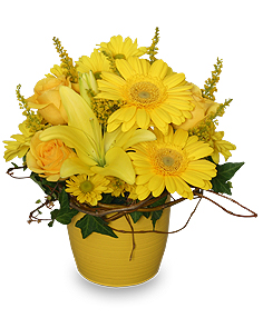 7 yellow summer arrangements yellow aglow this fun arrangement is bursting with energy it is designed with yellow roses gerberas asiatic lilies and daisy poms mightylinksfo