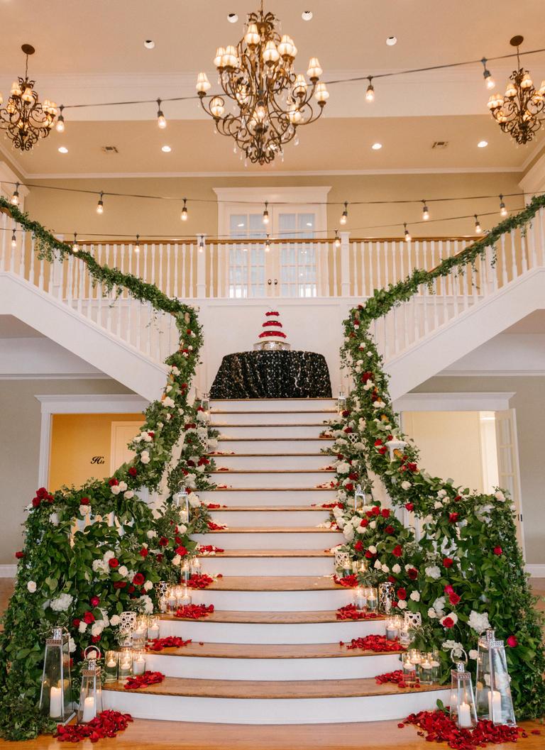 Epic Wedding Flower Displays