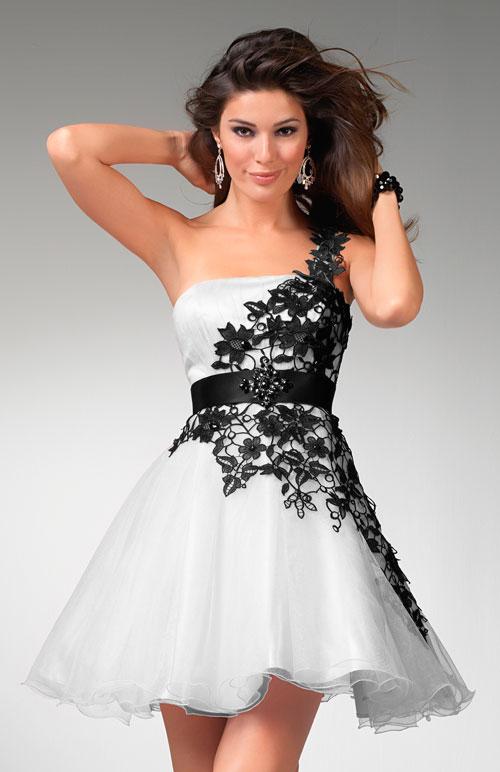Match Making: Matching Prom Corsage To The Dress