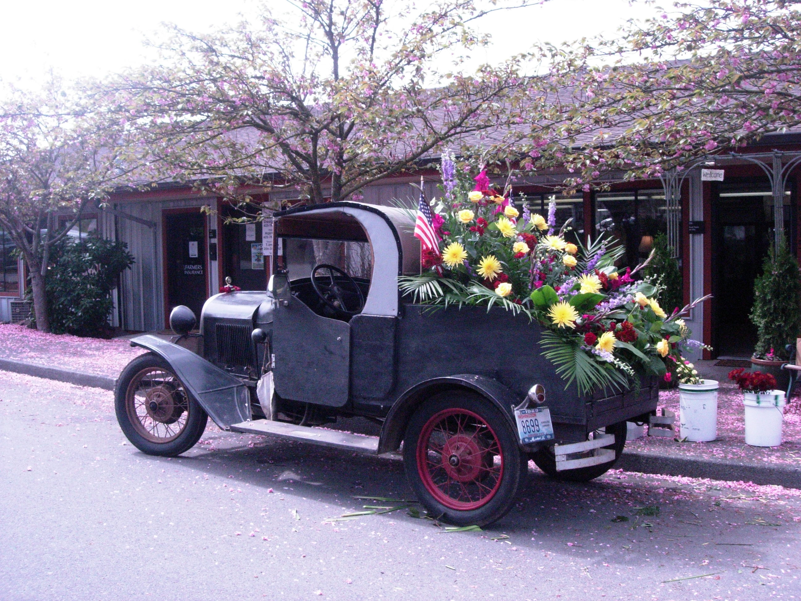 Creative custom funeral flower trends attached image dscn4893g izmirmasajfo Image collections