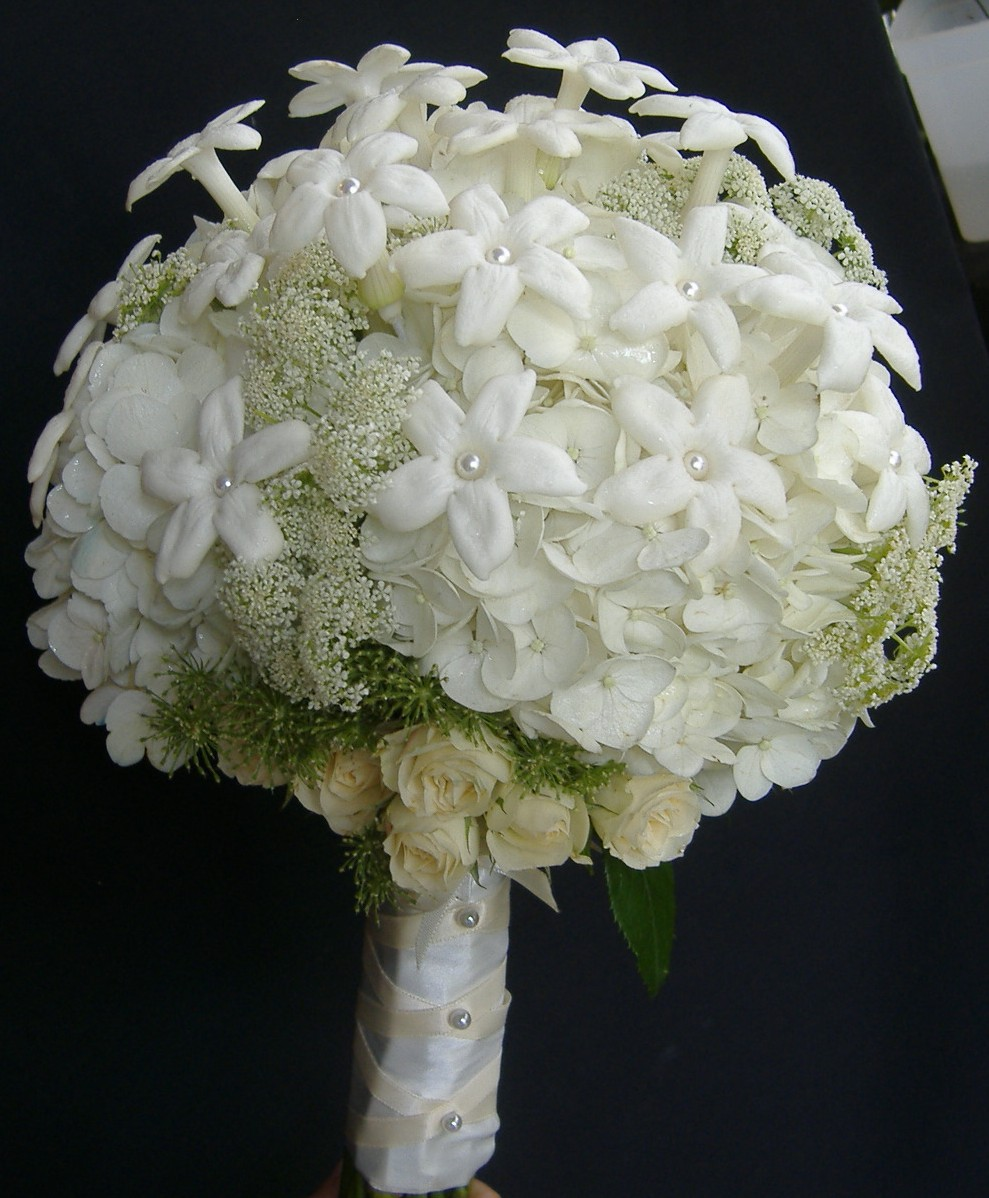 Why Arent Stephanotis And Lily Of The Valley Used In Bridal Bouquets